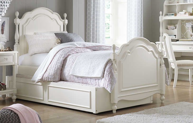 Legacy Classic 4 Pc. Harmony by Wendy Bellissimo Full Low Poster Bedroom  Set - Antique Linen White